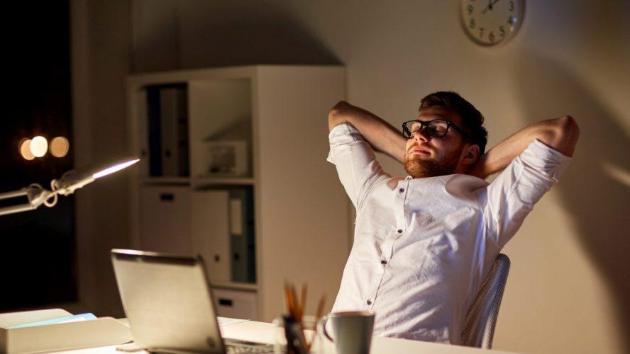 Zastosowanie rolet dzień noc w pomieszczeniach biurowych